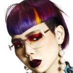 Shogo, retrotic, projektowanie fryzur, sztuczna inteligencja, kolory uzupełniające, fioletowe, żółte, suzi, FRK.03